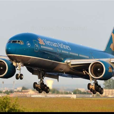 vietnam-airlines-vna144-aircraft-at-paris-892